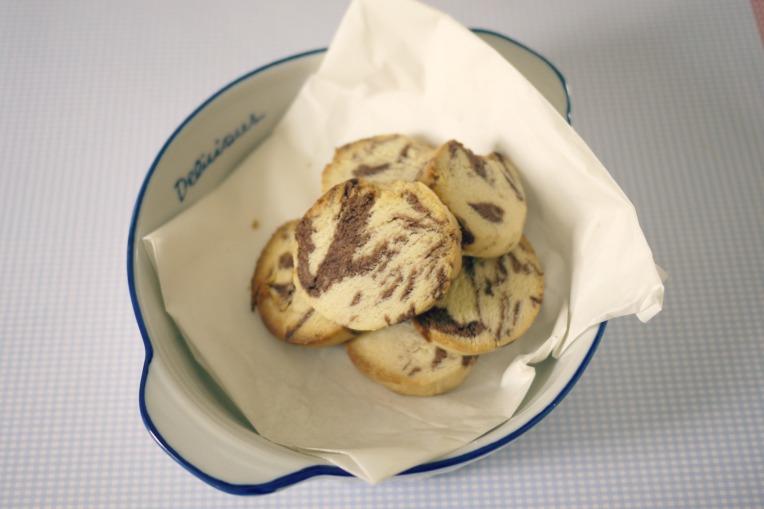 condensedmilkmarblecookies002