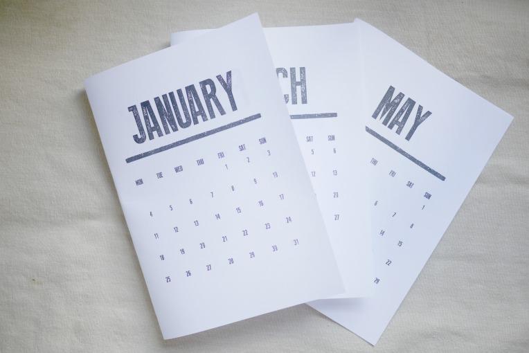 calendar stand 001