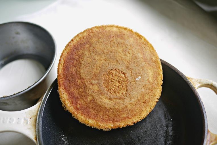 Extra Thick Kewpie Mayo Banana Buttermilk Pancakes // MonoandCo