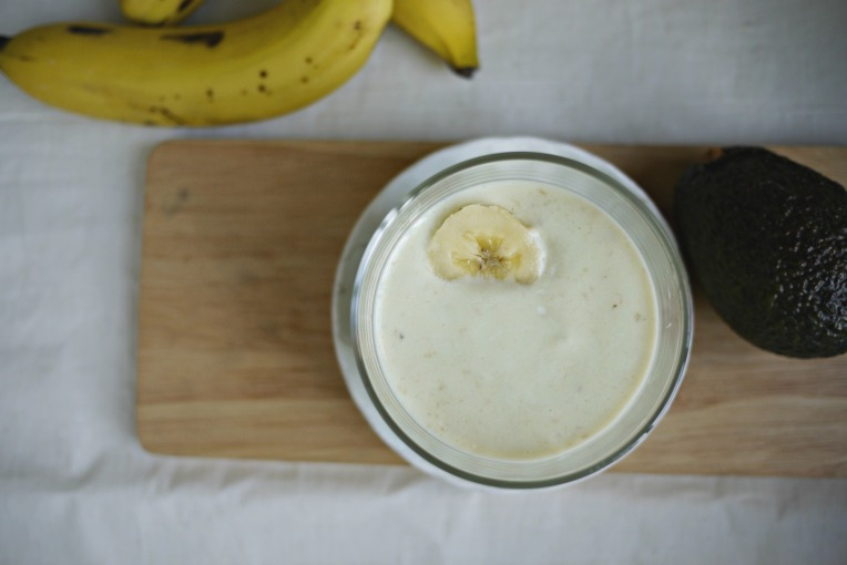 Banana Avocado Smoothie // Mono+Co