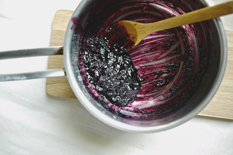 Tiny Batch Blueberry Compote // Mono+Co