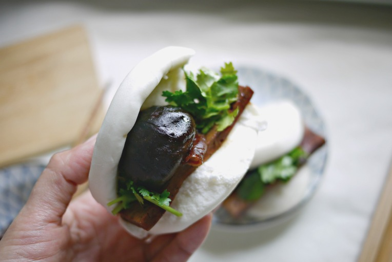 veg braised pork bun 002