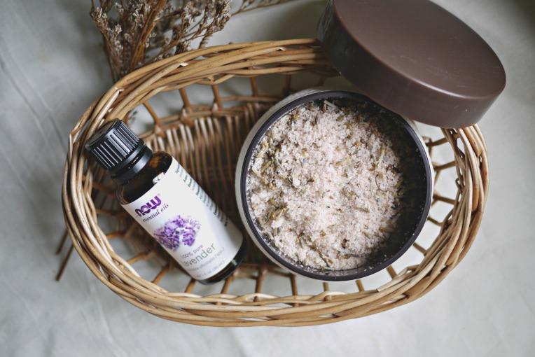 DIY Lavender Potpourri // Mono+Co