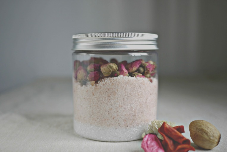 Green Monday : DIY Bath/Foot Soak // Mono + Co