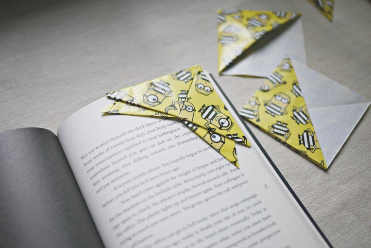 Origami Bookmark With Tray Liner // Mono + Co