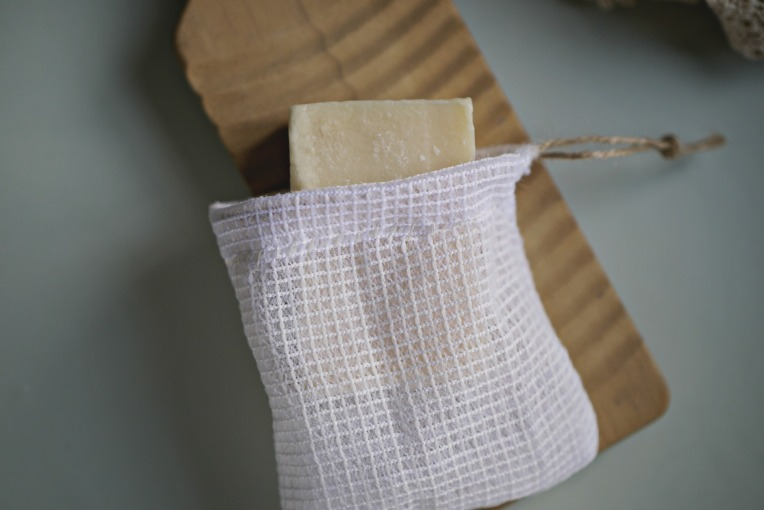 Handsewn Bar Soap Pouch // Mono + Co