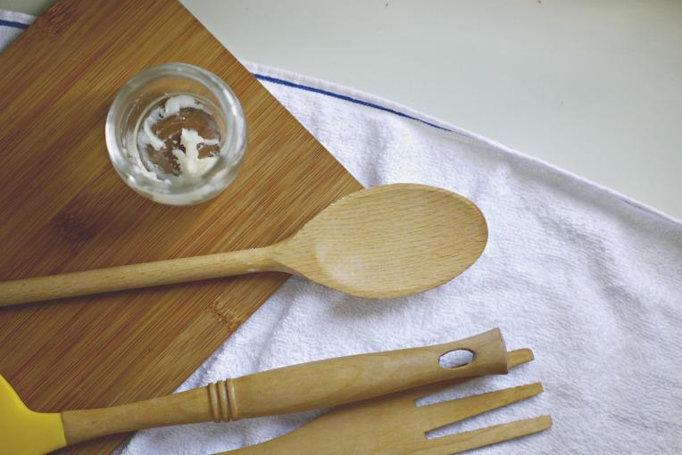 Homemade Spoon Butter : A Wood Preserver // Mono & Co